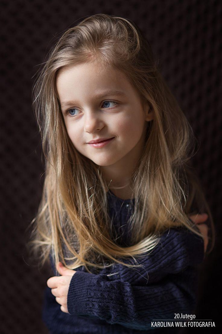 girl's portrait www.karolina-wilk.com