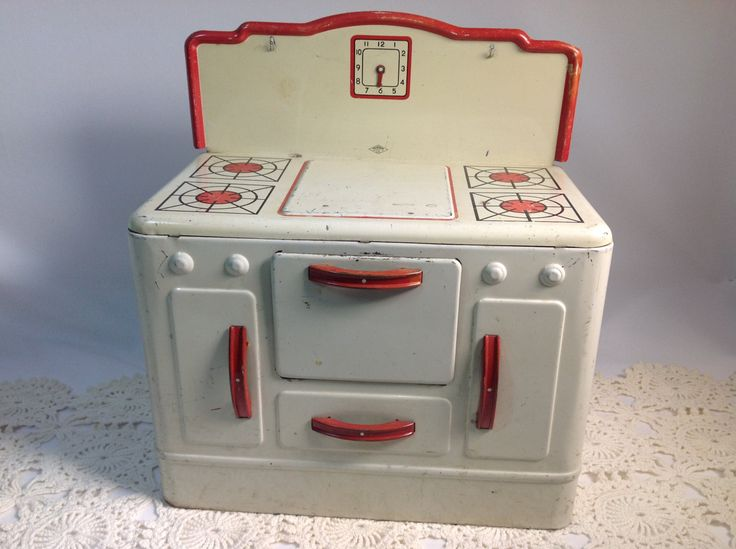 Tin Toy Stove made by Wolverine Supply and Manufacturing Co. by CuriousDiscoveries on Etsy