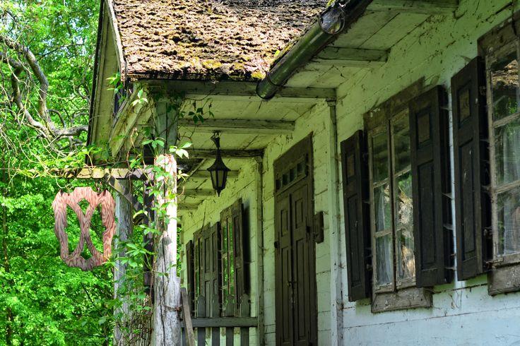 Nowa Sucha to malutka, ale malownicza miejscowość położona pomiędzy Mińskiem Mazowieckim, Siedlcami i Węgrowem. Jej główna atrakcja to przede wszystkim stary modrzewiowy park, w którym znajduje się…