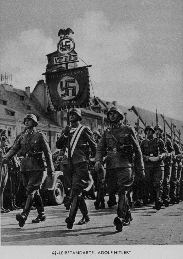 adolf hitler s youth army Adolf hitler: rhetoric's overlord of darkness  the blurred youth of adolf hitler set the stage for his meteoric rise to power  but the army summoned him for.