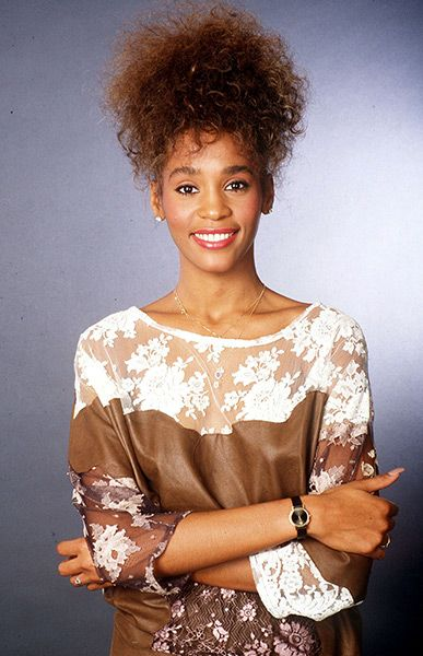 Whitney Houston by Gunter W Kienitz, 1985