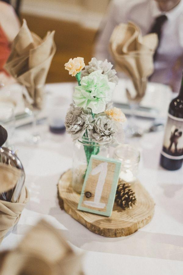 naranja, verde azulado flores de papel