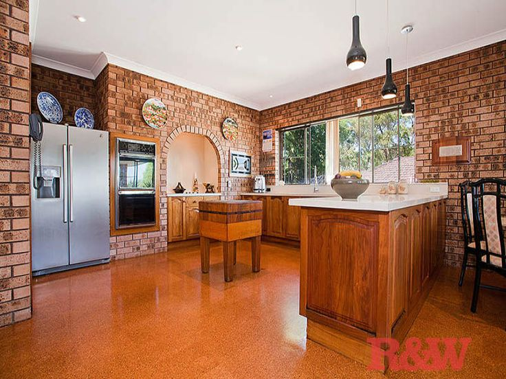 Kitchen designs with exposed brick for Exposed brick kitchen ideas
