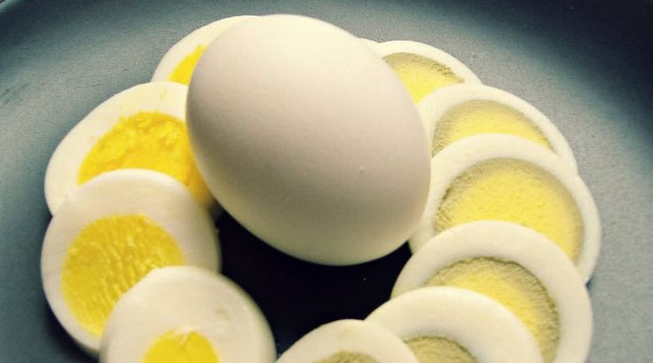 How to hard boil eggs in 3 Simple Steps #DivaSays #Delhi #NCR #drinks #food #dishes #recipes #eggs #boilingeggs