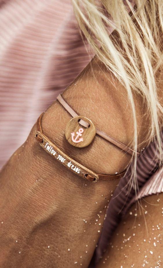 Amulett Armband mit 'Anker' Gravur auf dem Pendant