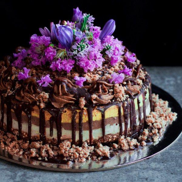 Raw Vegan Golden Gaytime cake