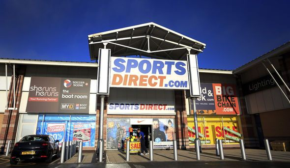 Sports Direct boss DEFENDS store's working practices after surviving bid to oust him - https://buzznews.co.uk/sports-direct-boss-defends-stores-working-practices-after-surviving-bid-to-oust-him -