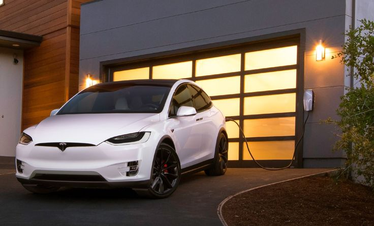 W Norwegii, Holandii, a nawet w Wielkiej Brytanii można już otrzymać spore ulgi na samochody Tesla. Kiedy taka zmiana pojawi się w Polsce? #dobrazmiana #tesla