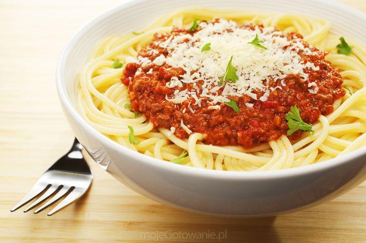 Spaghetti alla bolognese  shutterstock.com