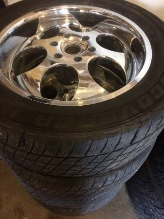 Chevy 6-lug 20 inch rims and tires – auto parts – by owner