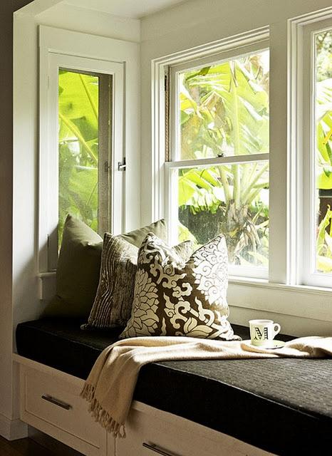Window Seat, love. #PorchLovesWindowSeats