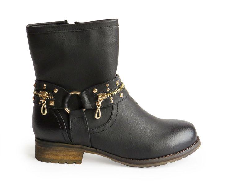 botas con hebilla dorada 29,90€ www.calzadospayma.com
