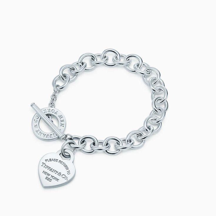 Ciondolo a cuore Return to Tiffany™ su bracciale in argento, medio.