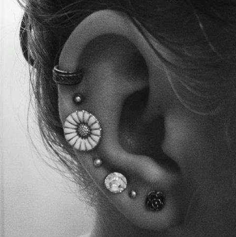 Studs, Ear Piercings, Daisies, Jewelry, Tattoo, Flower, Multiplication Ears Piercing, Earrings, Ears Cuffs
