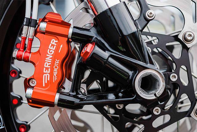 Cordon Blur Schlachtwerk S Tricolour Kawasaki W800 Racer