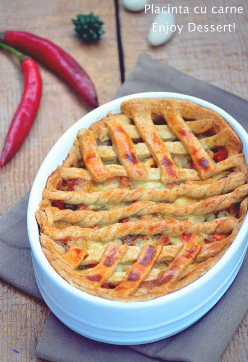 Meat & Peppers Pie