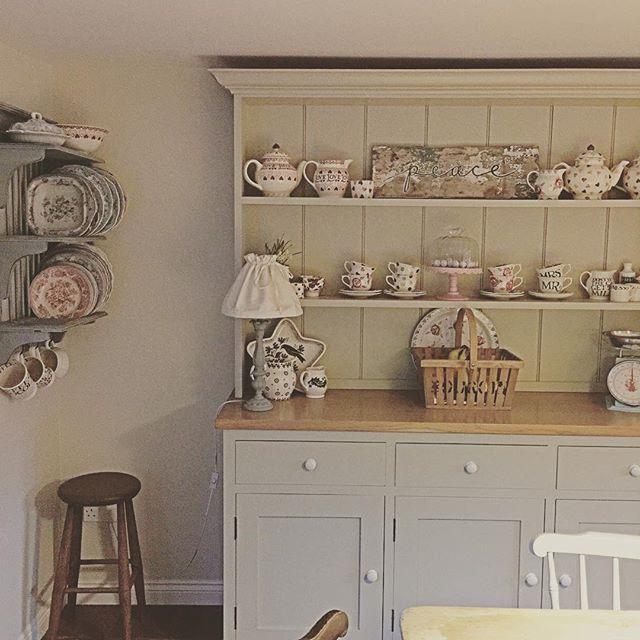 One of my favourite pieces in my kitchen. Just love my handmade dresser ❤