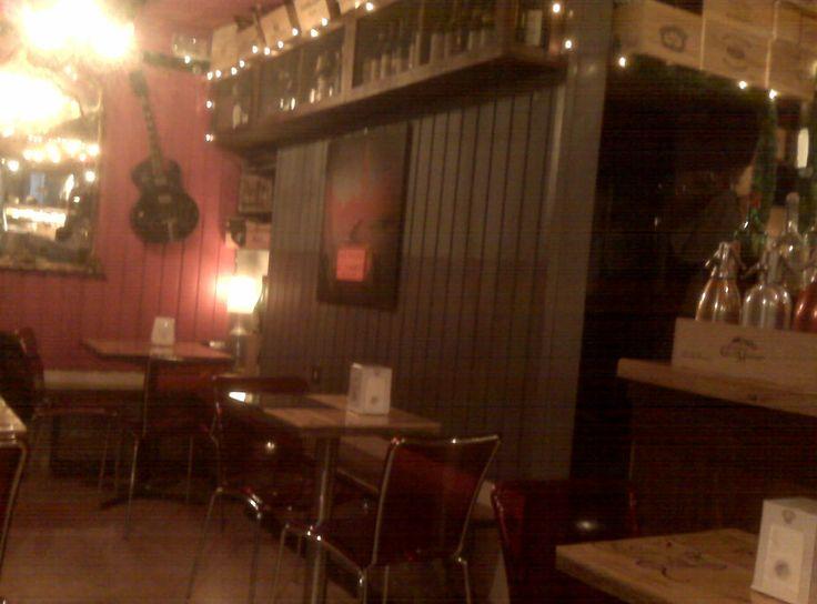 Osteria Ai Pugni - Ponte Ai Pugni why do I like it? Cozy atmosphere and soft music