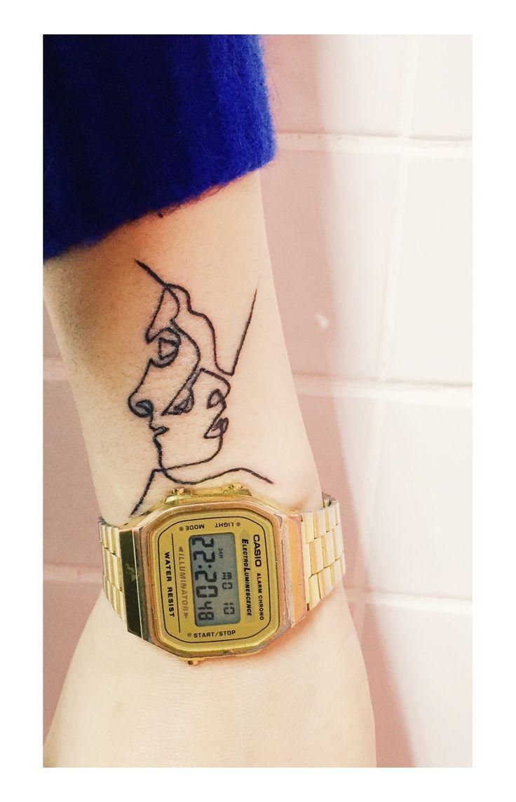 Una tatuadora de esas tan especiales y distintasque nos gustan en Artnau, la coreana Kim Michey.                         — KIM MICHEY Kim Michey Instagram     vía pineapple
