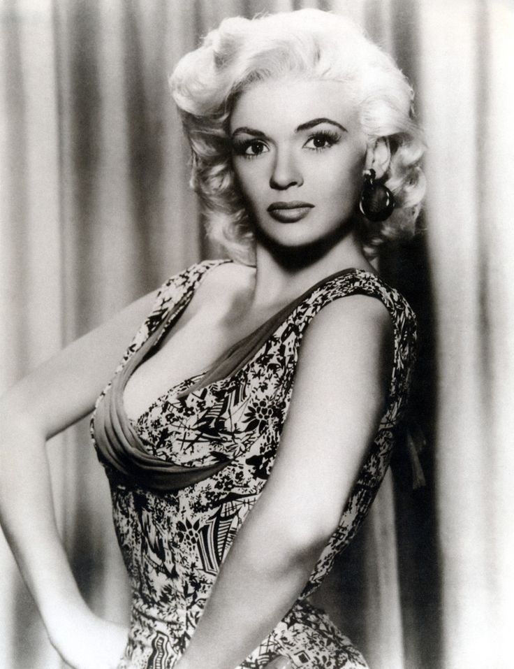 Jayne mansfield ill fated actress and movie star born for How old was jayne mansfield when she died