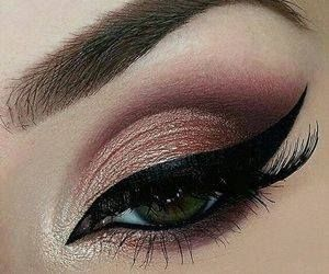 Just Pinned to Eyes: makeup http://ift.tt/2pYXtLS