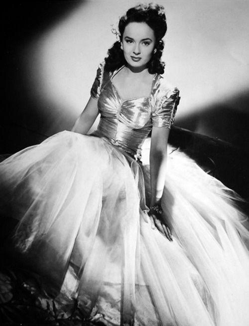 Mildred Pierce publicity shot 1945