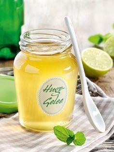 Der beliebte Aperitif Hugo als Variante fürs Frühstücksbrötchen! #Hugo #Gelee #Prosecco #Sekt #Frühstück #Rezept #DiamantZucker
