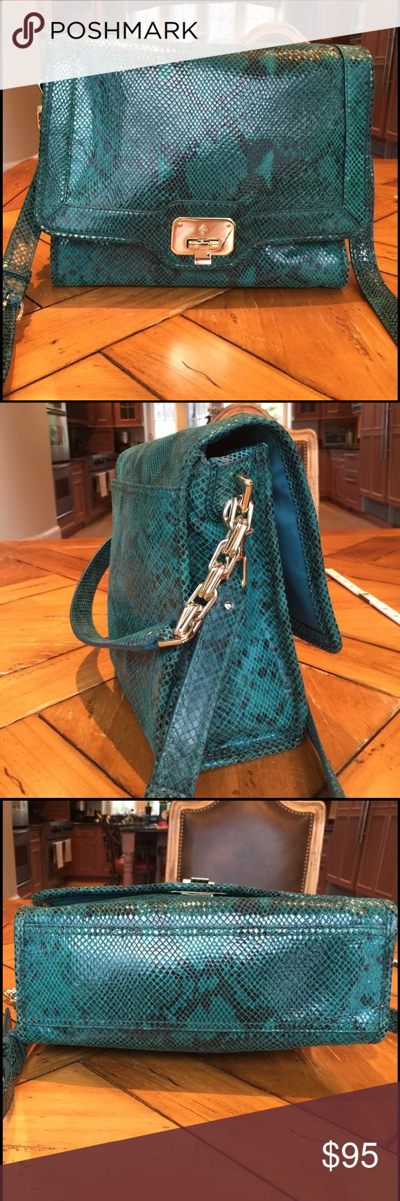 Cole Haan purse! Cole Haan python print teal green leather purse! Like new condition! Use as a shoulder bag or carry on your arm. Plenty of pockets to keep you organized! Cole Haan Bags Shoulder Bags