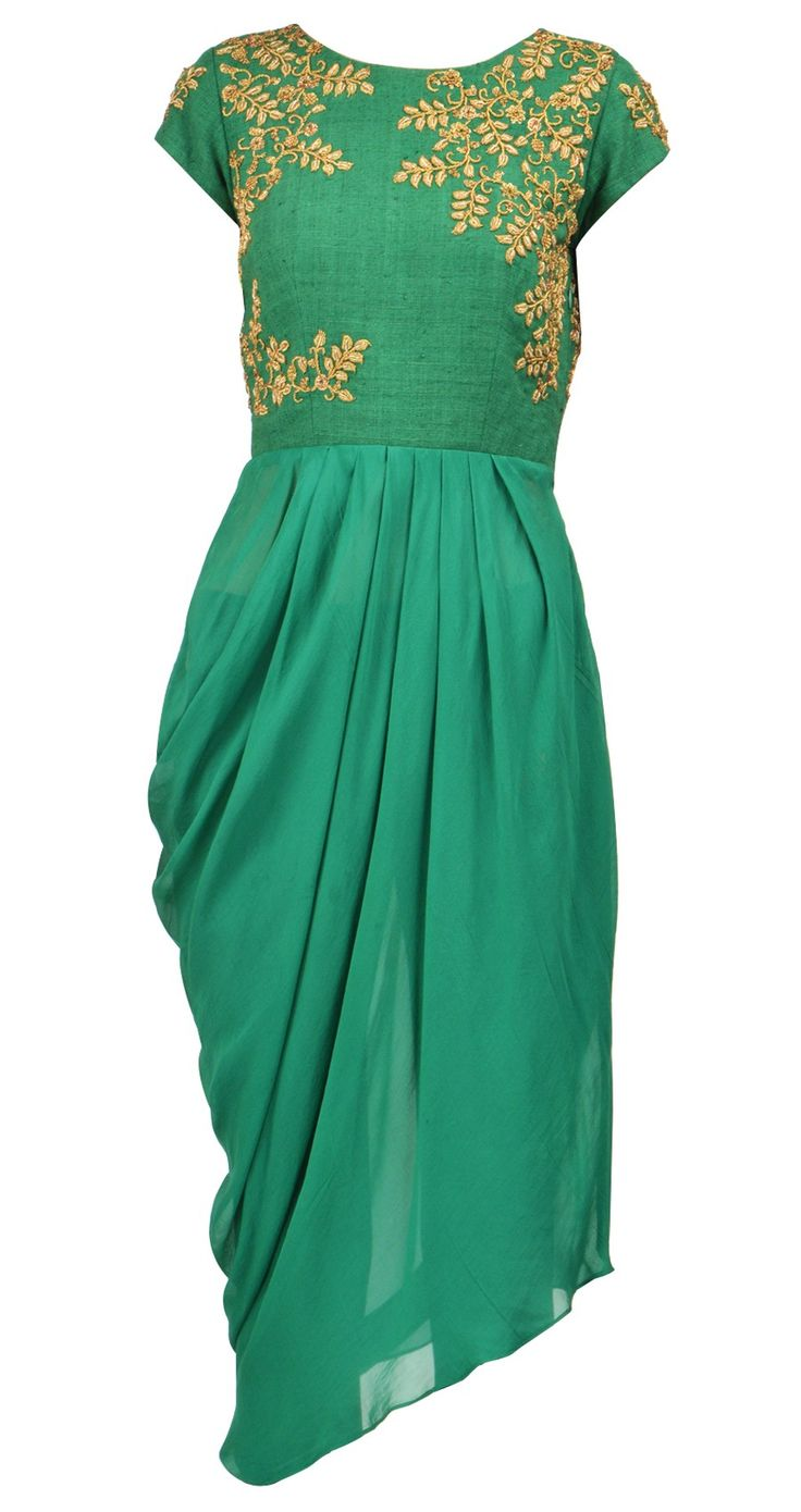 Tisha Saksena  Green embroidered drape