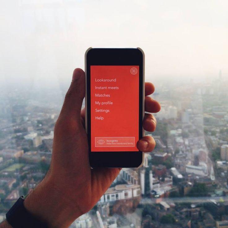3nder è un'app per i dispositivi Apple dedicata all'amore a tre. Il sistema di geo localizzazione consente di trovare persone con lo stesso stile di vita