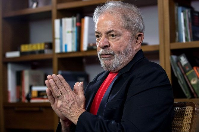 """Lula: """"No tengo miedo"""" de la cárcel, """"soy inocente"""" -  El expresidente brasileño Luiz Inácio Lula da Silva admitió que la idea de ir a la cárcel """"pasa todos los días"""" por su cabeza, pero aseguró no tener miedo por ser """"inocente"""". El exmandatario de izquierda (2003-2010) reafirmó en una entrevista este jueves su determinación ... - https://notiespartano.com/2018/03/01/lula-la-afp-no-miedo-la-carcel-inocente/"""
