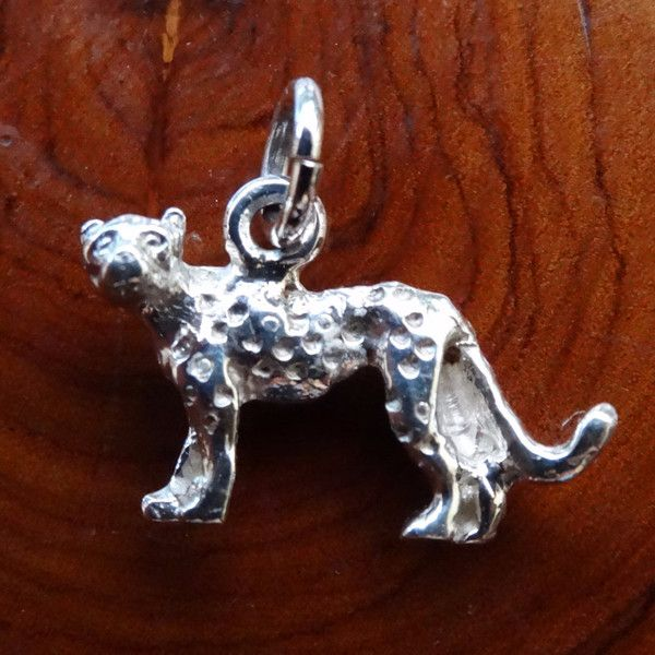 Cheetah Full Body Charm. In Sterling Silver or Gold - GoodiesHub.com