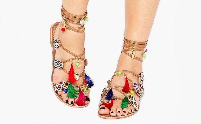 17 meilleures id es propos de sandales lacets sur pinterest chaussures d 39 t chaussures - Sandales a pompons ...