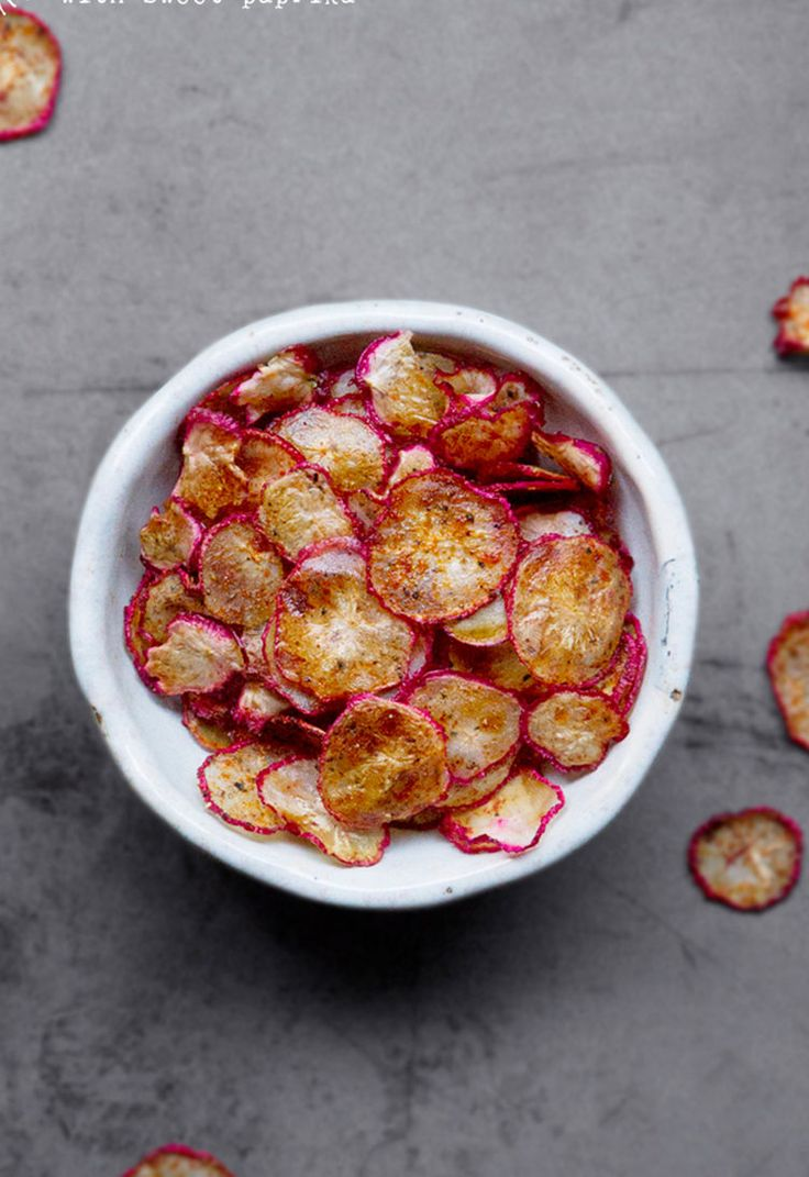 9. Baked Radish Chips #greatist http://greatist.com/eat/vegetables-that-replace-carb-heavy-foods