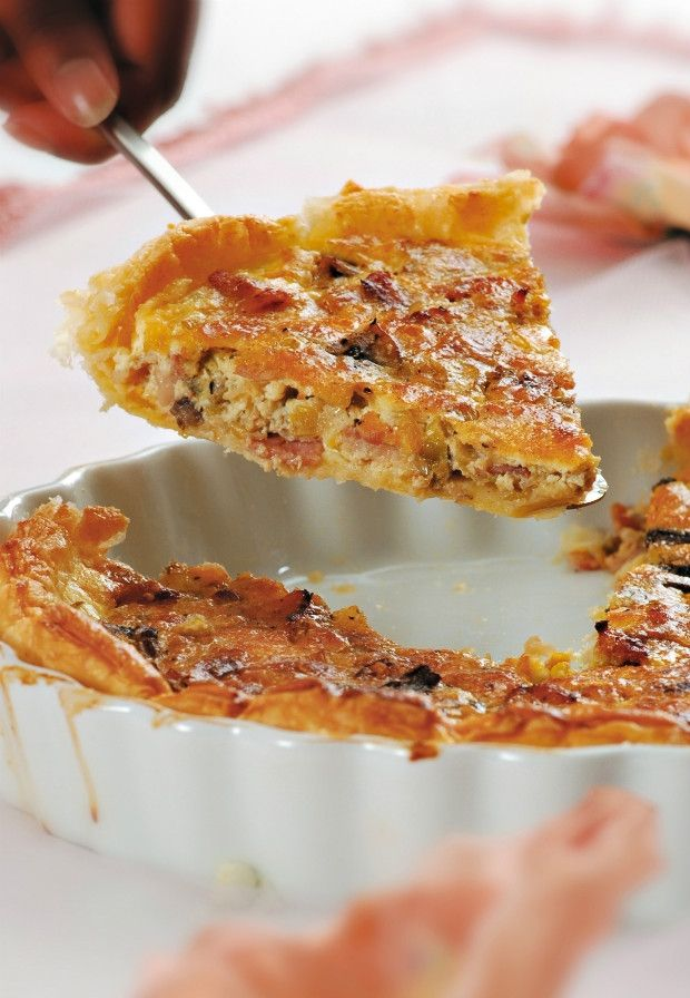 Pórkový koláč s houbami a slaninou Foto: isifa.com