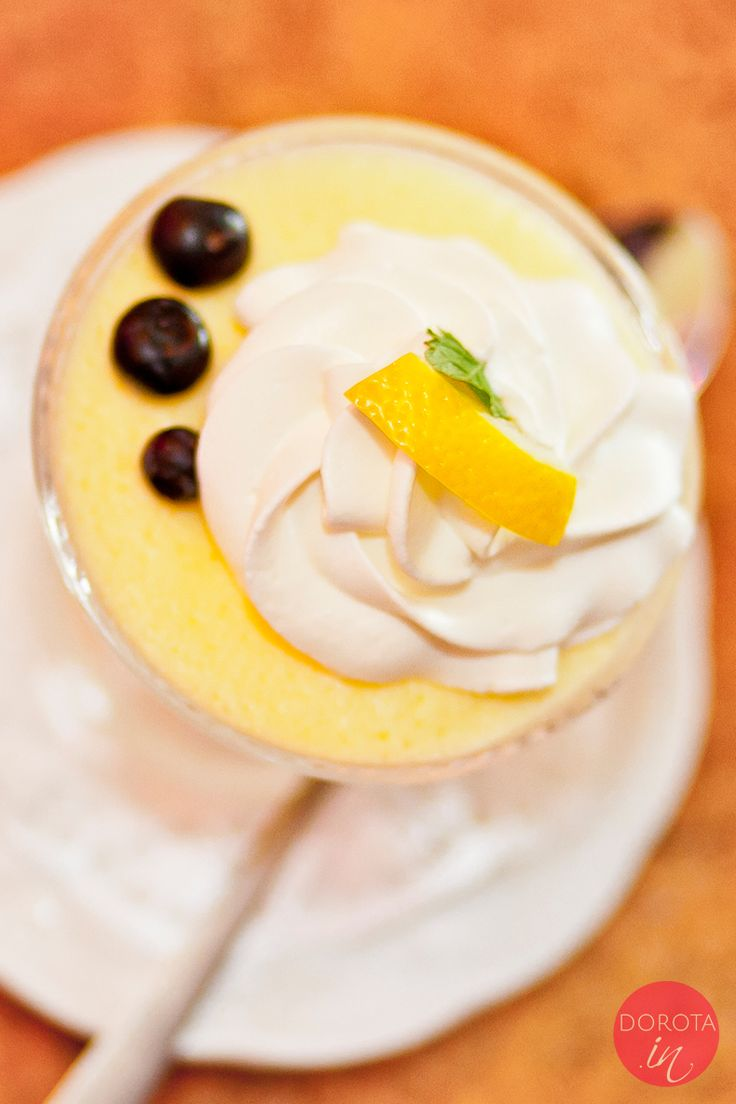 Śląski deser, klasyczna słodycz na rodzinną imprezę czy świąteczny stół :). Szpajza cytrynowa na bazie jajek, żelatyny i soku z cytryny.  http://dorota.in/szpajza-cytrynowa/  #przepis #food #recipe #kuchnia #deser