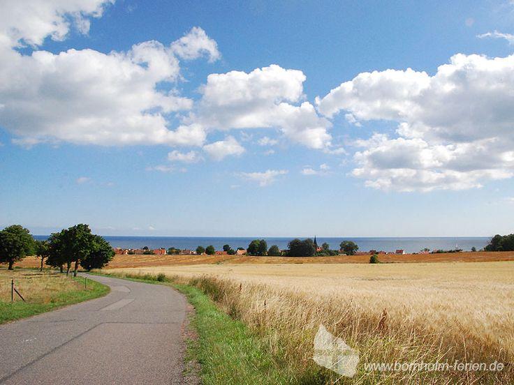 Blick auf Svaneke und die Ostküste der Insel Bornholm #svaneke #insel #bornholm #ostsee