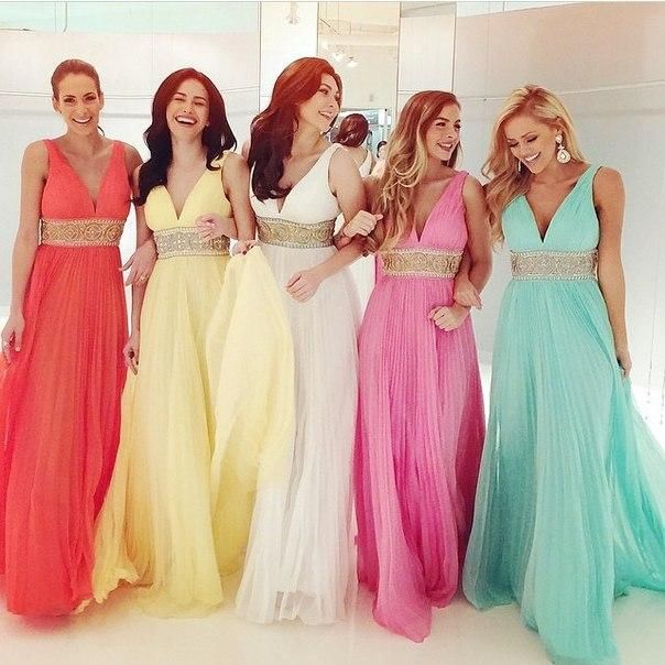 Prepare the asian prom dresses for the upcoming prom? Then you need to see best selling pleats chiffon long prom dresses with gold beaded belt 2015 high quality v-neck floor-length bridesmaid dresses for wedding in andybrial and other blue prom dresses uk and boutique prom dresses on DHgate.com.