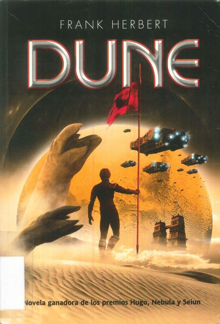 Dune relata la historia del planeta desértico Arrakis, única fuente de melange, la especia necesaria para el viaje interestelar y que además garantiza longevidad y poderes psíquicos. La administración de Arrakis es transferida por el emperador de la noble Casa de Harkonnen a la Casa Atreides. Los primeros no quieren abandonar sus privilegios, y a través de traiciones y sabotajes, destierran al joven duque Paul Atreides al duro entorno del planeta para que muera.