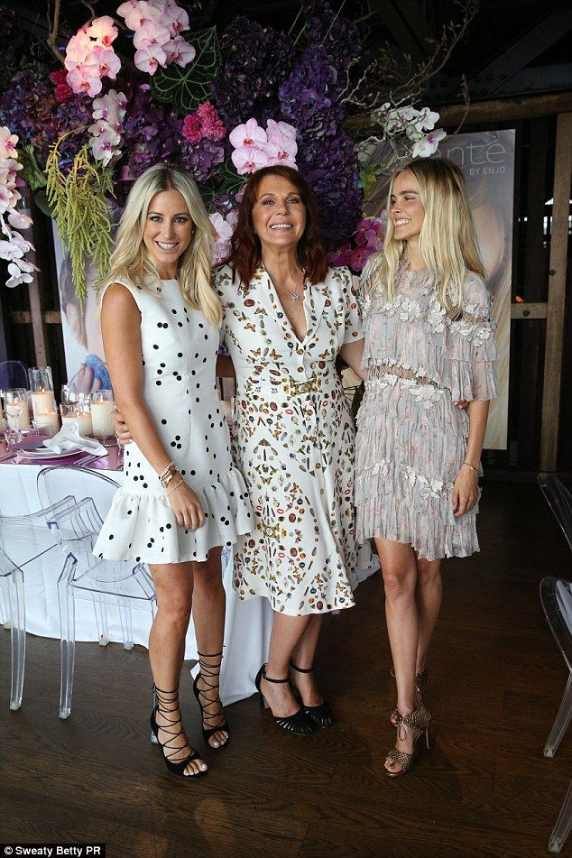 Style: Roxy Jacenko (L) looked glamourous as she posed with Transformers actress Isabel L...