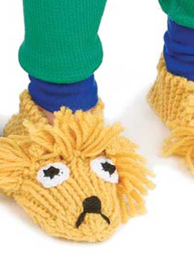 Knit Lion Slippers with this free pattern