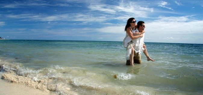 Our DV specialist Pam Park & Hubby on her wedding day in Mexico!