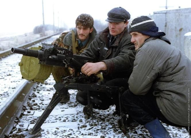 a history of the conflict between the chechens and russia The issues at the heart of the conflict remain: chechens and other peoples in the caucasus region are struggling to retain an identity distinct from the larger russian mass moscow and the pro.