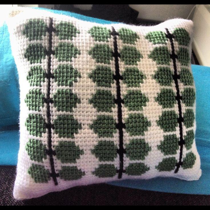 Virkad berså kudde Gratis mönster, free pattern Mitt eget mönster
