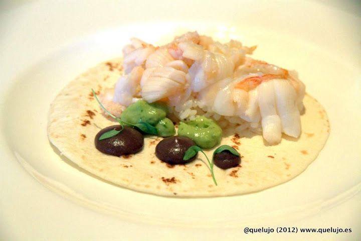 ¡¡SE NOS HACE LA BOCA AGUA!!  Taco de langosta, frijoles negros, arroz, crema de chipotle y epazote de Daniel Ovadía, Menú MAR (Paxia) MAS INFO ☞ ☞ ☞ http://www.quelujo.es/cocina-mexicana-de-paxia-con-daniel-ovadia-en-madrid/