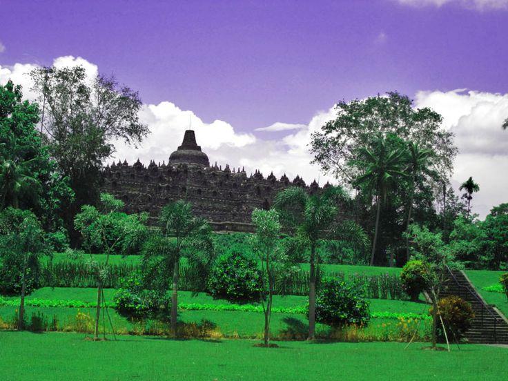 Candi Borobudur! Tempat Wisata Jogja Paling Favorit. tertarik mengunjunginya?