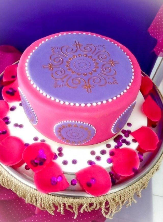 L'art du décor marocain sur un gâteau