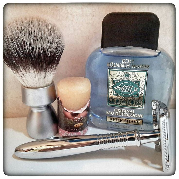 November 20th 2016 - Shave of the day  #Baili safety razor ( CHN )  #Personna red blade ( USA )  #4711 aftershave ( GER )  #HTGAM #CaD shaving stick ( USA )  #Davey #synthetic shaving brush ( FR )  #shavelikeaman #shaveoftheday #blaireau #shavingculture #sotd #classicshave #derazor #vintageshave #wetshaving #worldshave #safetyrazor #italianwetshavers #rasierhobel #rasaturatradizionale #thebarberpole #afeitado