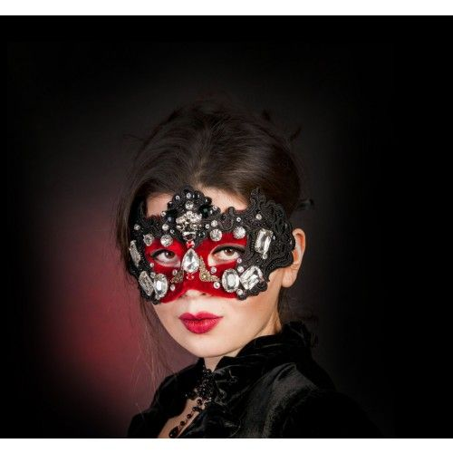 #Accessories  #Costume #Hats  #Headpieces  #gothic #mask  #masquerade  #crystalmask #venetianmask  #masqueradeball  #lace #masquerademask  #elvendesignart  #couture #fashion #headwear  #Swarovski® #crystals
