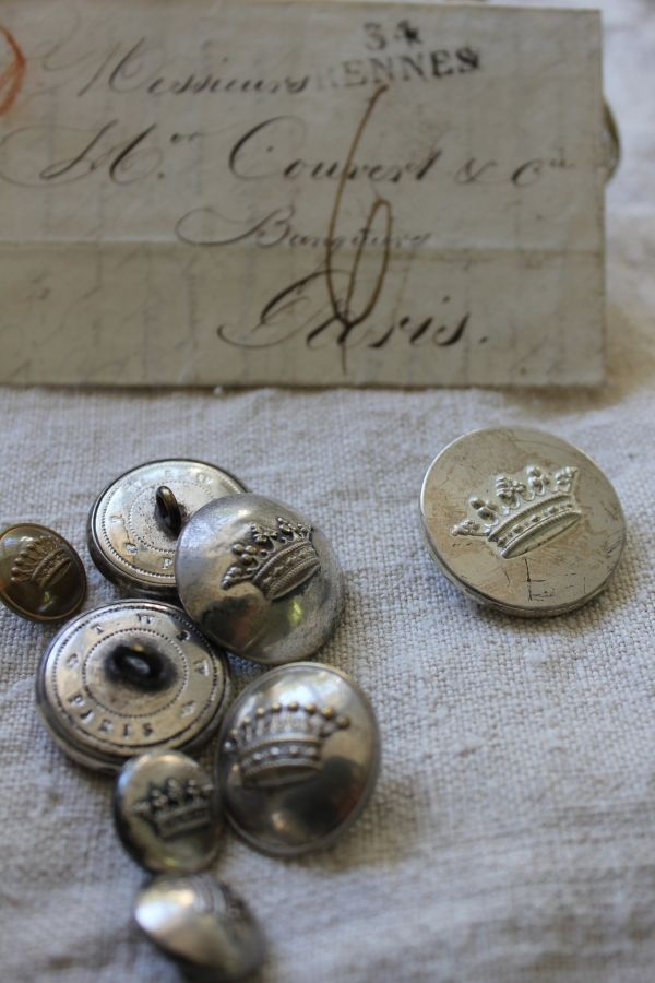 crown buttonsAntiques Silver, Vintage Buttons, Shabby Chic, French Buttons, Antiques Buttons, Vintage Metals, Fleas Marketing Finding, French Vintage, Vintage Silver